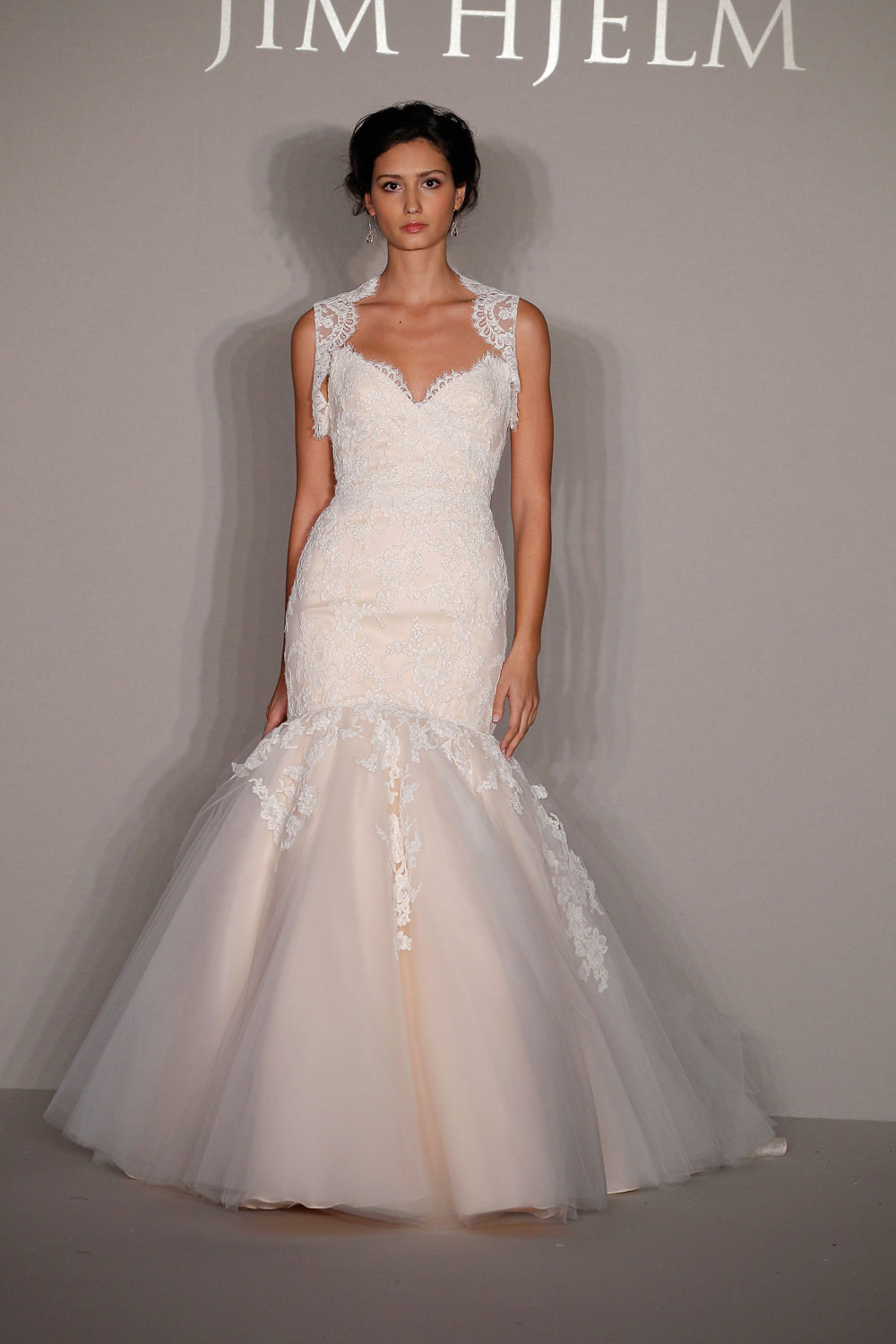 Jim hjelm wedding gowns for Jim hjelm wedding dresses
